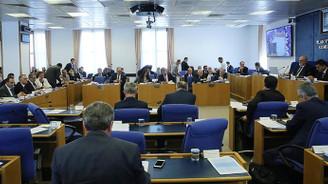 71 maddelik torba Komisyondan geçti