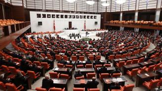Meclis'te 7 KHK kabul edildi