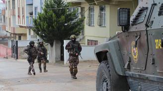 Biri mavi kategoride PKK'lı 4 terörist etkisiz hale getirildi