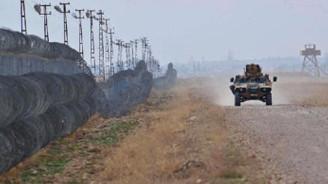 Sınırlardan geçmeye çalışan 2 bin 494 kişi yakalandı