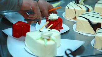 Sevgililer için 8 ülkeye 1 milyon kalpli pasta ihraç edildi