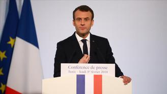 Macron: Suriye'de kimyasal silah kullanıldığı kanıtlanırsa vururuz