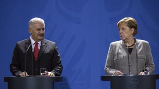 Merkel: Görüşmelerimiz yoğun bir şekilde sürmeli