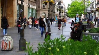 Öğrenciler vizesiz Belgrad'ı sevdi