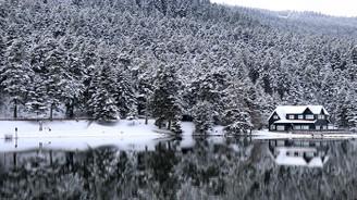 Bolu'nun incisi kar manzarasıyla büyülüyor