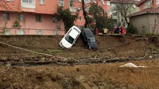 Kadıköy'de toprak kayması