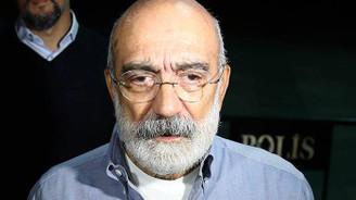Ahmet Altan'a Cumhurbaşkanına hakaretten hapis cezası