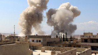 İdlib'e hava saldırısında 7 sivil öldü