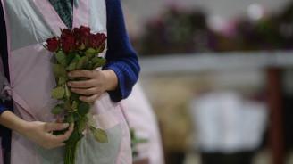 Çiçekte Sevgililer Günü yoğunluğu