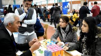 'Okul-Sektör Buluşması'na yoğun katılım