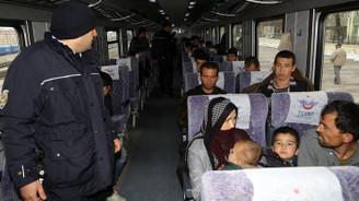 Kaçak göçmenlerin Doğu Ekspresi yolculuğu Erzurum'da bitti