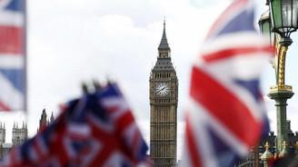 İngiltere, Rusya'ya yaptırım seçeneklerini tartışıyor
