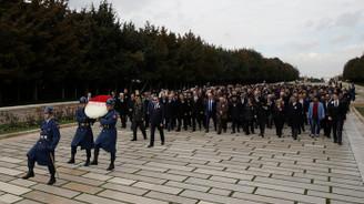 MKE çalışanlarından Anıtkabir'e ziyaret