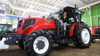 Tasarımına 'kadın eli' değen traktör ilgi görüyor