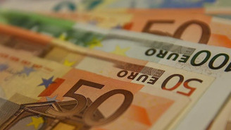 Euro Bölgesi'nde ekonomik faaliyet 14 ayın dibinde