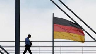 Almanya'da iş dünyası güveni 'korumacılık' ile geriledi