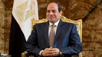 Mısır'da Sisi dönemi devam edecek