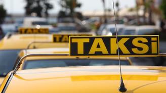 Taksiciler plaka kiralarında indirim istiyor