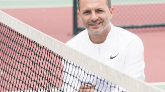 Şirkete spor koçu getiren tenisçi CEO