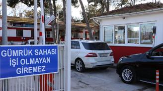 Sınırda PolNet arızası: Giriş-çıkışlar durdu