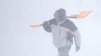 ABD'de kar acil durum ilan ettirdi
