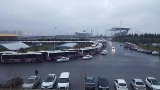 600 otobüs kontak kapattı