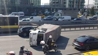 E-5'te trafik tamamen durdu