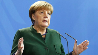 Almanya Başbakanı Merkel'den Suriye açıklaması