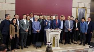 CHP'li 15 milletvekili İYİ Parti'ye katıldı
