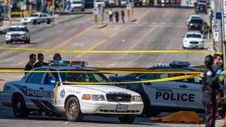 Toronto'da araç yayaların arasına daldı: 10 ölü