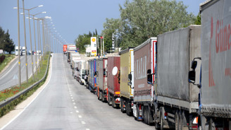 Bulgaristan'a açılan sınır kapılarında TIR kuyruğu
