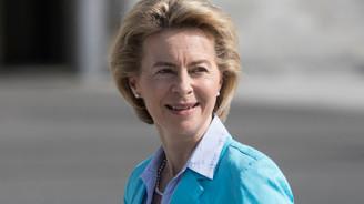Almanya Savunma Bakanı, 12 milyar euro istedi