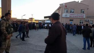 Diyarbakır'da terör saldırısı: 1 korucu şehit, 6 yaralı