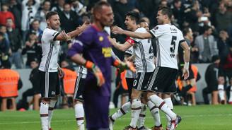 Eksik Beşiktaş, Göztepe'yi farklı yendi
