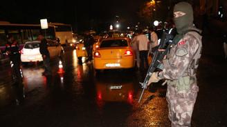 İstanbul'da 2 bin 400 polisle 'huzur' uygulaması
