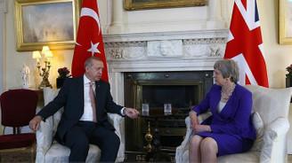 Cumhurbaşkanı Erdoğan, Başbakan Theresa May ile görüştü