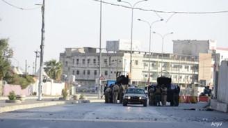 Kerkük'te seçim merkezleri silahlı kuşatma altında