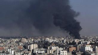 İsrail, Gazze'de Hamas'ı vurdu