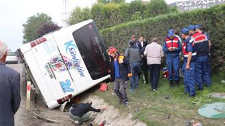 Kütahya'da yolcu otobüsü devrildi: 1 ölü 16 yaralı