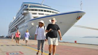 Kuşadası'nda kruvaziyer turizmi hareketleniyor