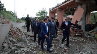 Bakan Canikli, Barutsan fabrikasında incelemede bulundu