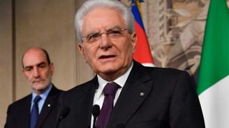 İtalya'da hükümet kurma çalışmaları çöktü