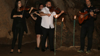 Antalya Senfoni Orkestrası'ndan mağara içi konser