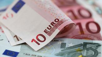 Juncker: İtalya'nın kaderi finansal piyasaların elinde değil