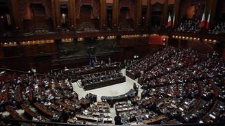 İtalya'da siyasi istikrarsızlık sürüyor