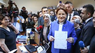 Akşener, Cumhurbaşkanlığı adaylığı için imza attı