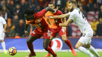 Lider Galatasaray, Akhisar deplasmanında