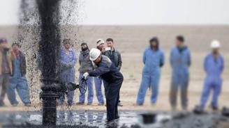 Petrol İran etkisiyle 75,63 dolardan güne başladı