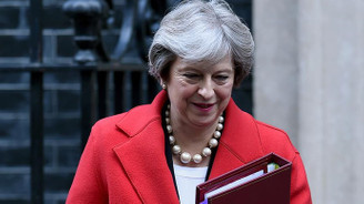 May, parlamentodan Brexit için destek arıyor