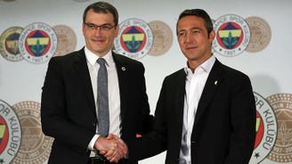 Comolli, resmi sözleşmeye imza attı